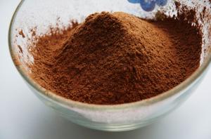 добавляем-к-муке-какао