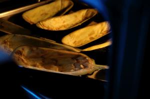 отправляем-баклажаны-в-духовку