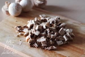 режем-грибы-кубиками